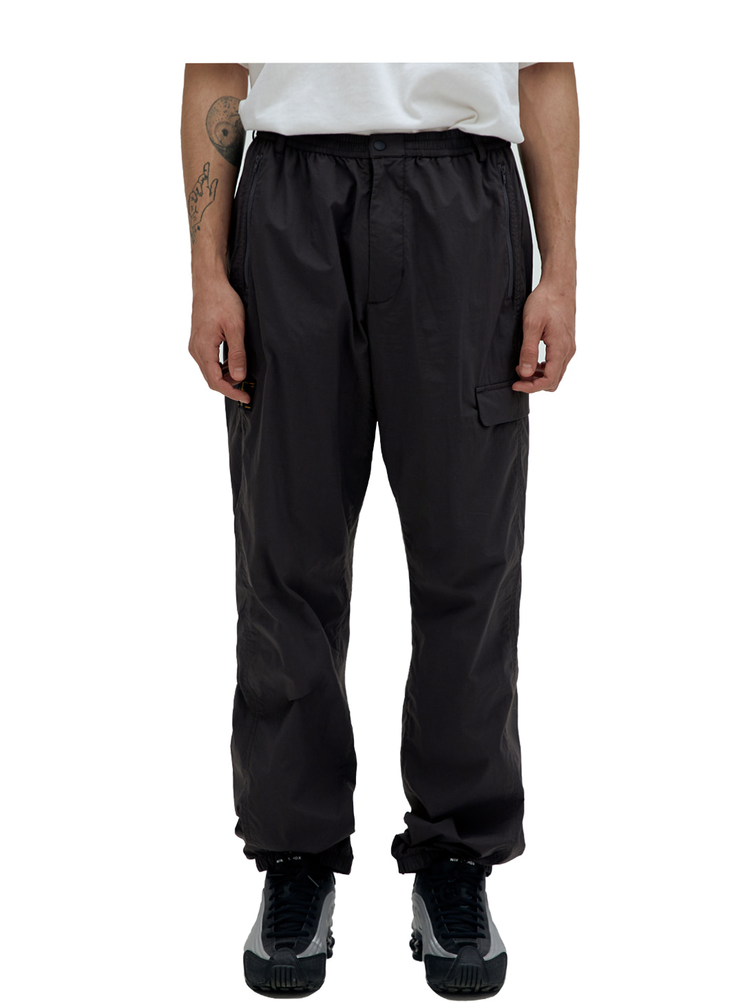 GOALSTUDIO SSFC OFFICIAL CLUB TROUSERS - CHARCOAL