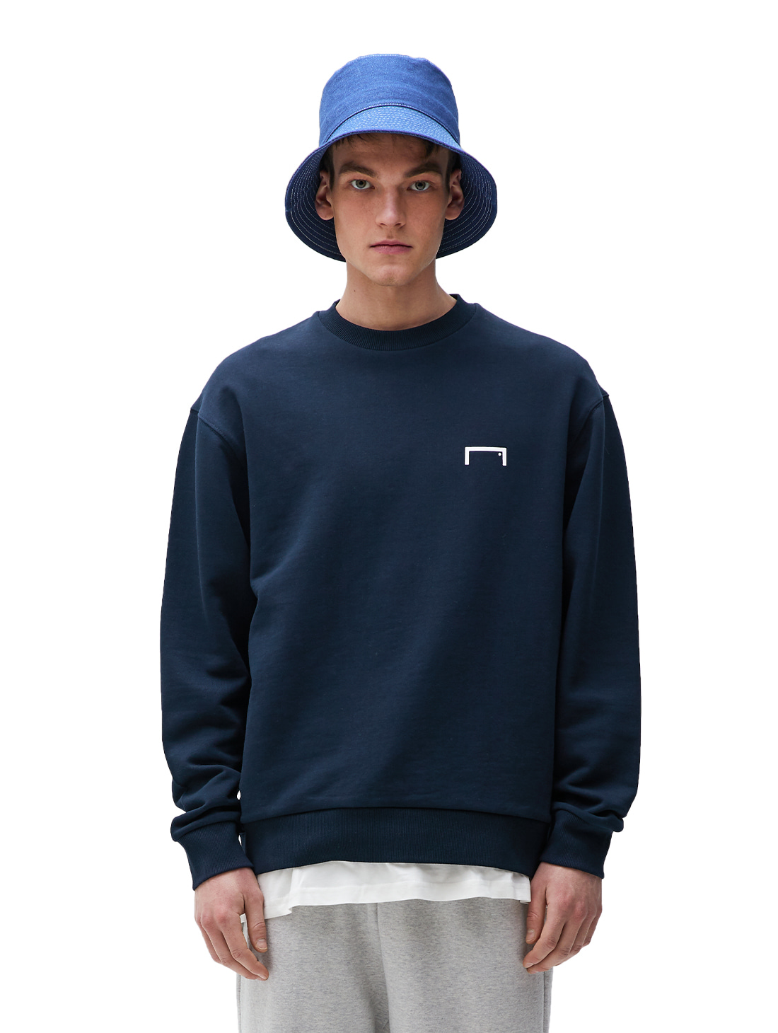 GOALSTUDIO PULSE GRAPHIC SWEATSHIRT - NAVY
