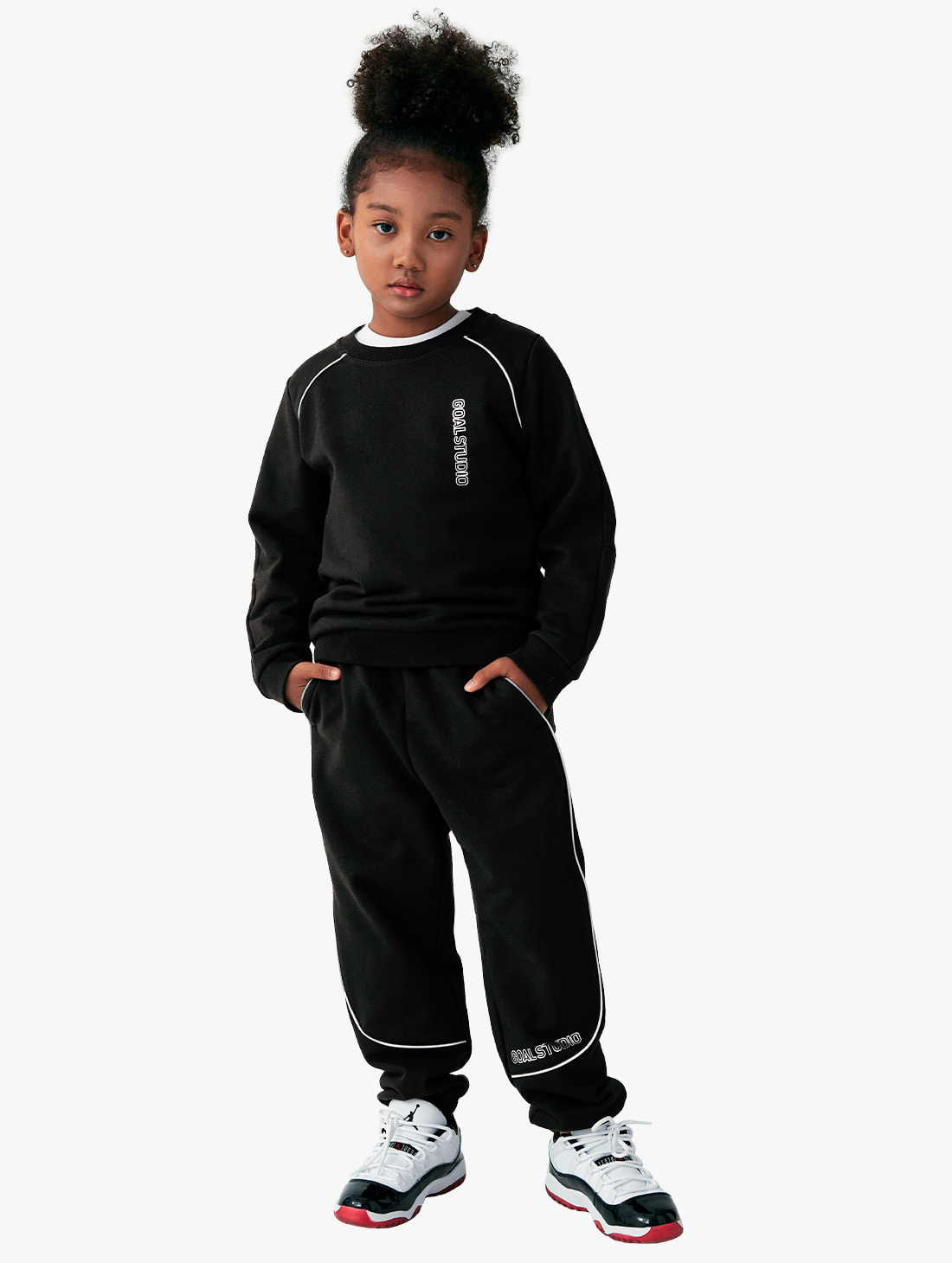 GOALSTUDIO [10% OFF] (KIDS) PIPING SWEATSHIRTS & JOGGER PANTS SET
