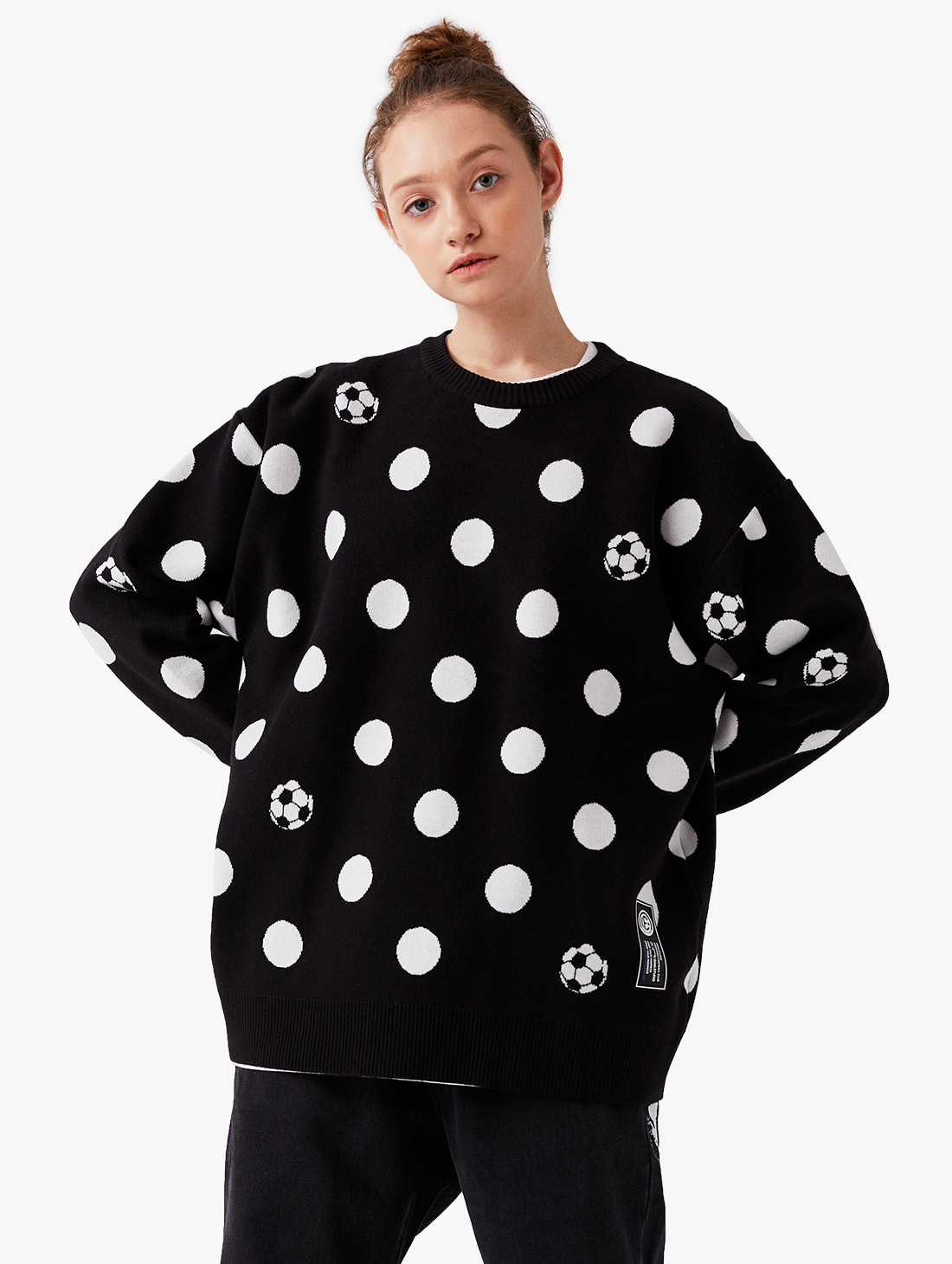 GOALSTUDIO CFC DOT PIXEL KNIT SWEATER