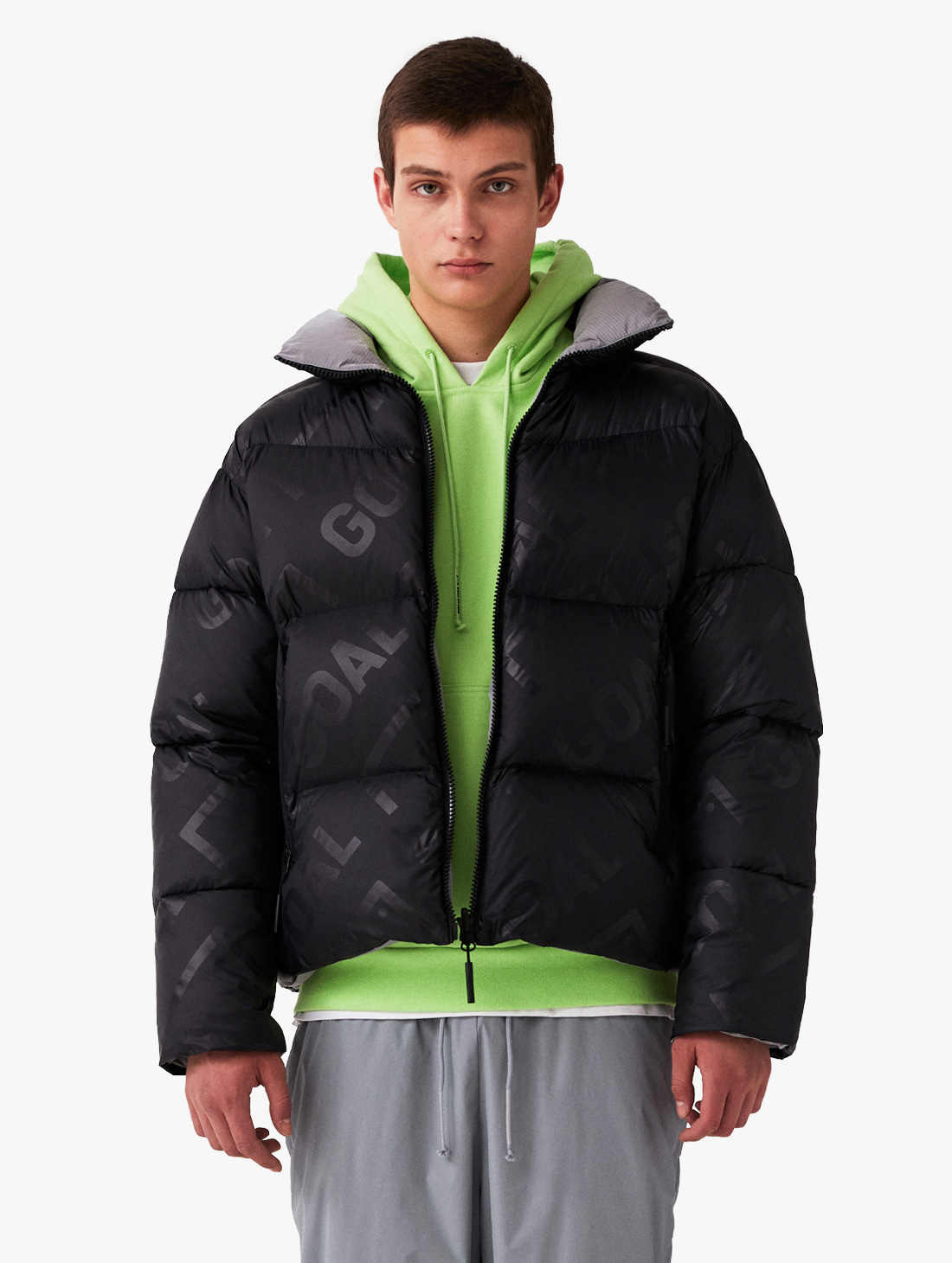 GOALSTUDIO REVERSIBLE GOOSE SHORT DOWN JACKET - BLACK